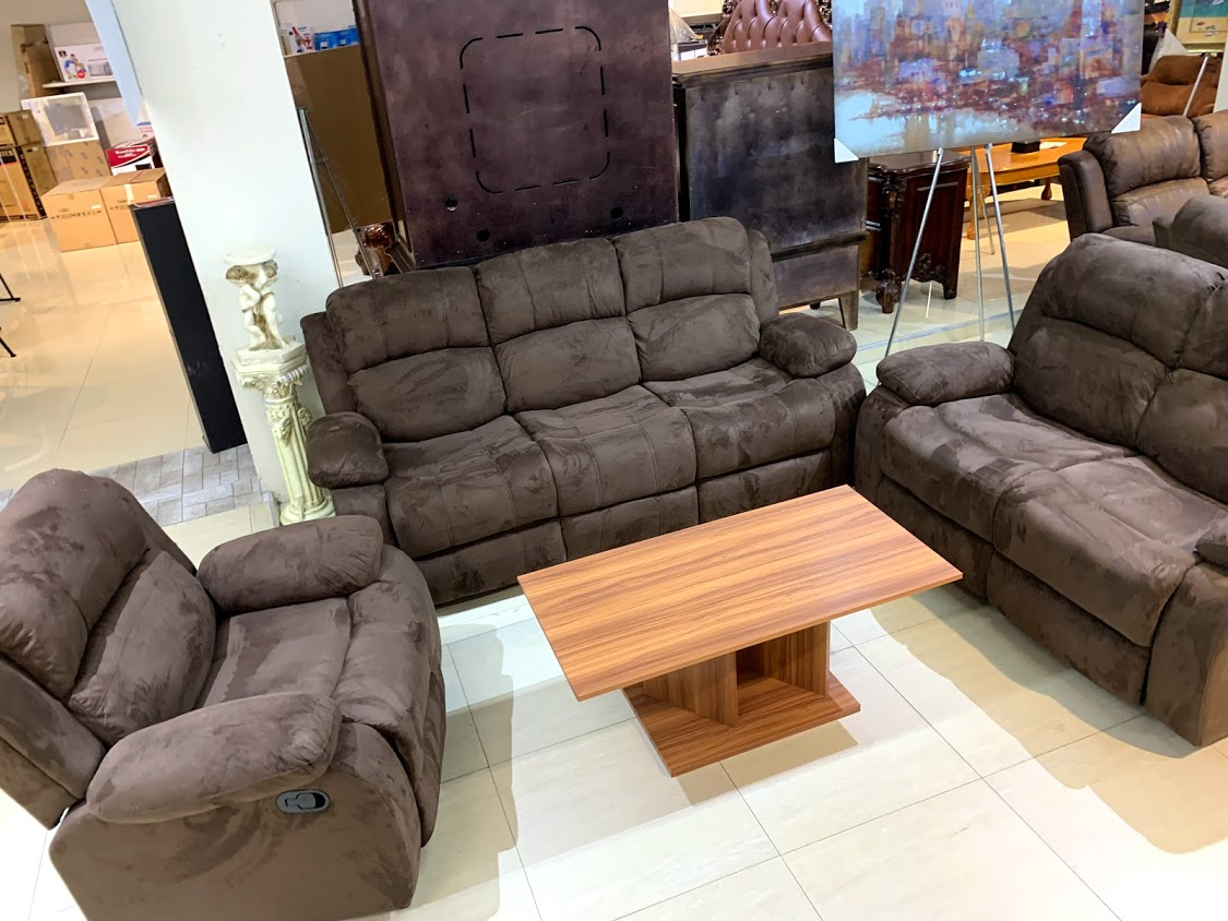 living room furniture, relicining sofa